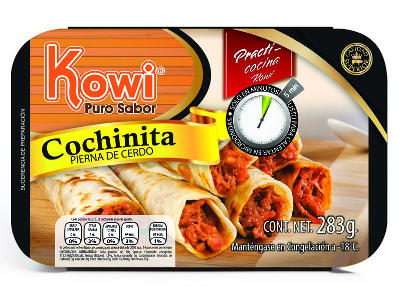 """Una imagen de 6 burritos de cochinita junto a una mesa de madera. En la esquina del lado izquierdo un circulo de color naranja que dice Kowi con letras naranjas con blanco y abajo """"puro sabor"""" con letras color cafe."""