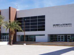 fachada del museo del desierto en Chihuahua