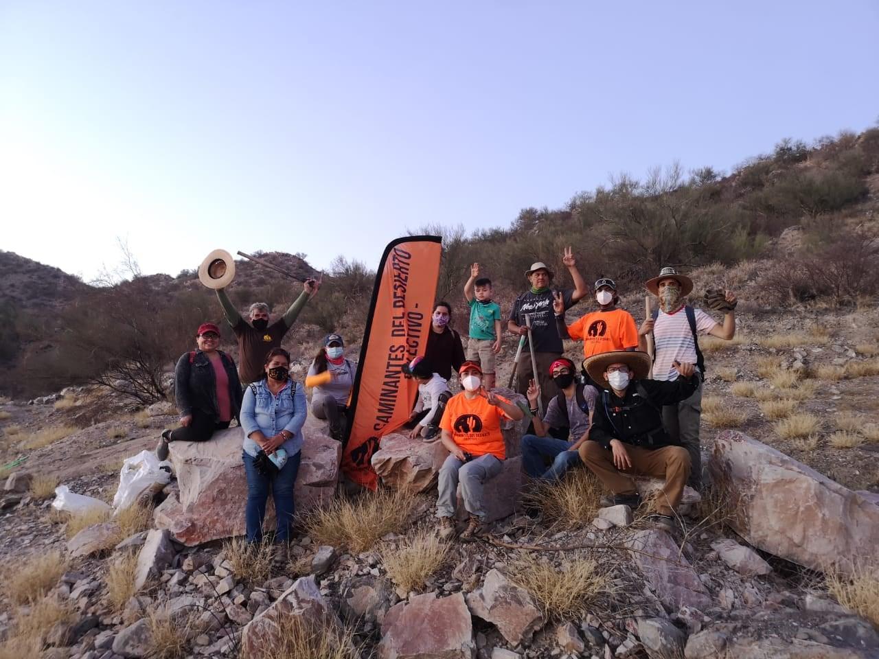 Voluntarios en limpieza de Cinturón Verde