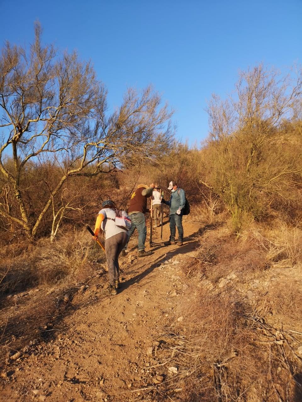 Colectivo Caminantes del Desierto en acción