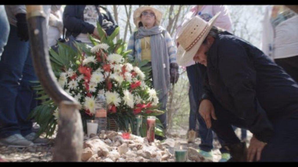 Mujeres Buscadoras de Sinaloa encuentran cuerpos de desaparecidos.