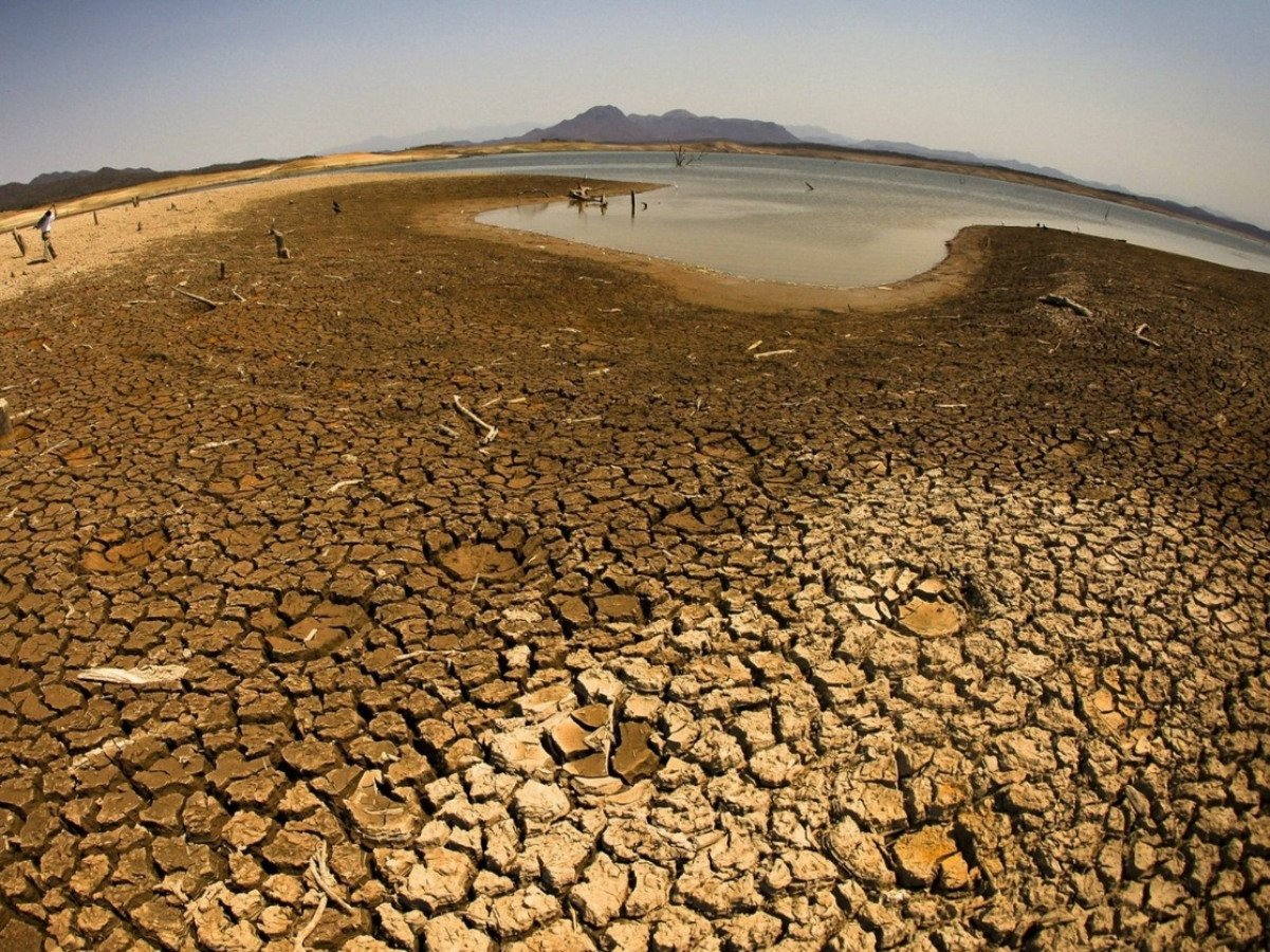 Presa en sequía