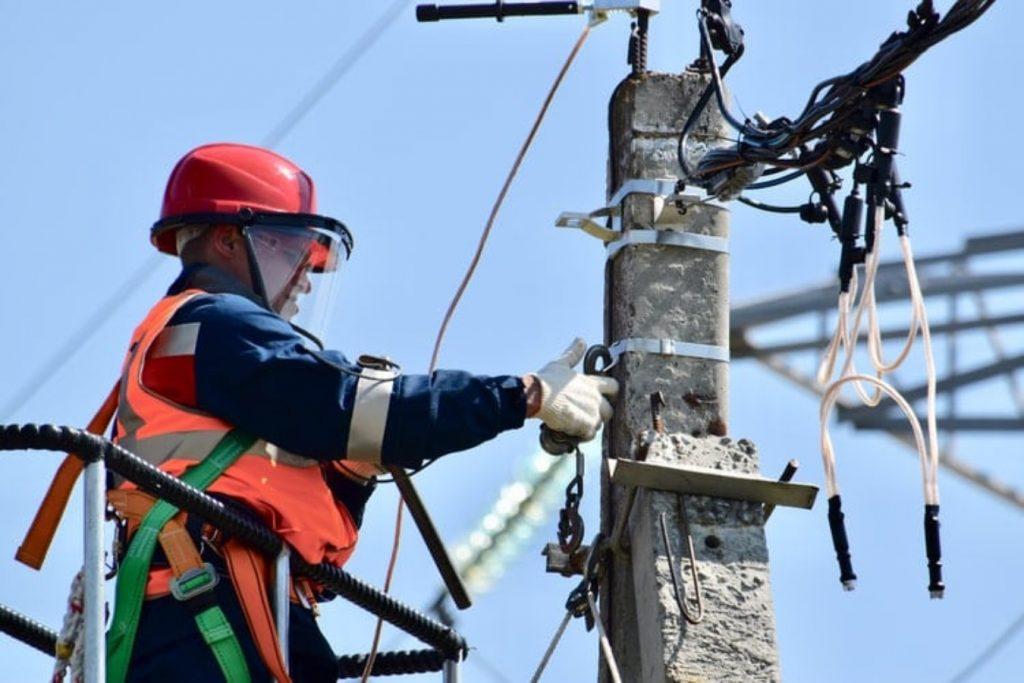 Electricista: vacante para trabajar en la Embajada de EUA