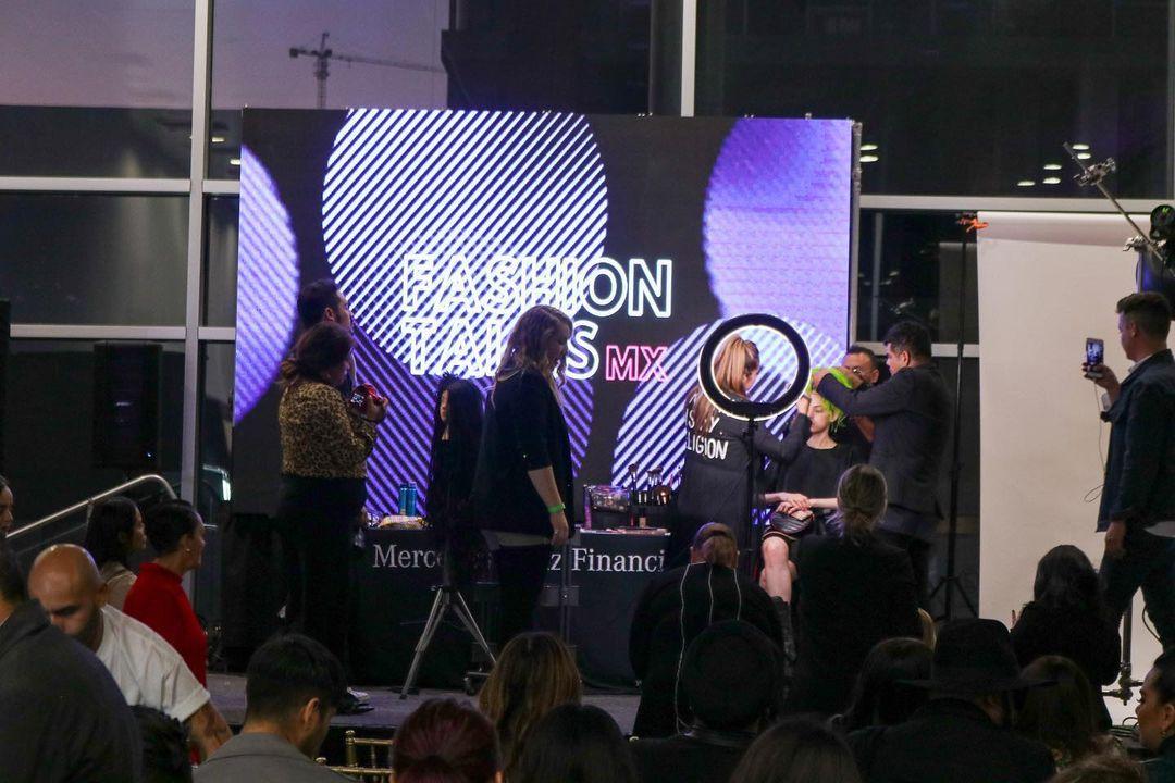 Evento de maquillage en Fashion Talks MX.