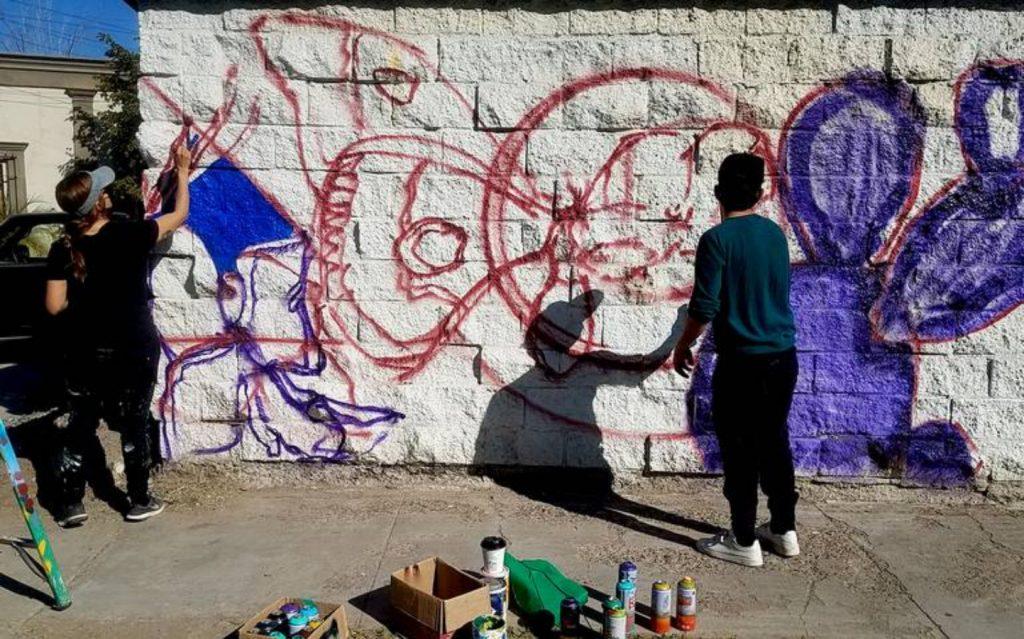 Diseñando mural para PaBLO