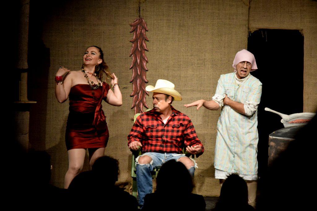 Escena de Güevos Rancheros de Sergio Galindo.