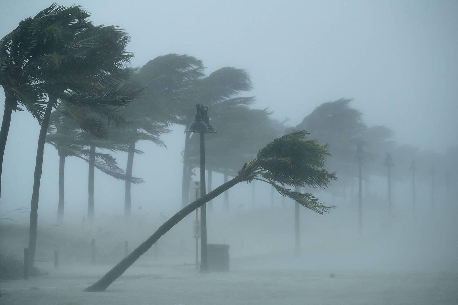 nombres de personas para los huracanes