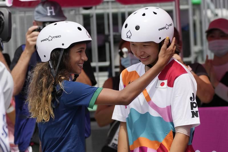 Ganadoras skateboarding en Tokio.
